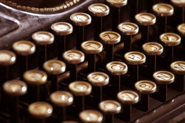 Learn to Write the Novel Way: A Review