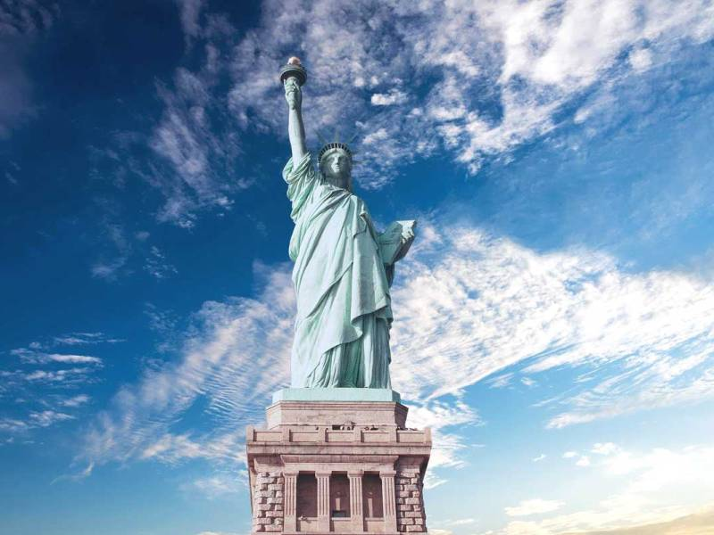 """""""The New Colossus"""" by Emma Lazarus"""